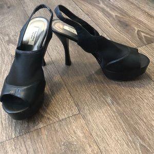 Simply Vera Vera Wang Black Platform Heels